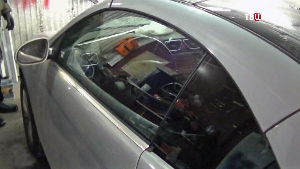 Изъятый автомобиль у мошенников