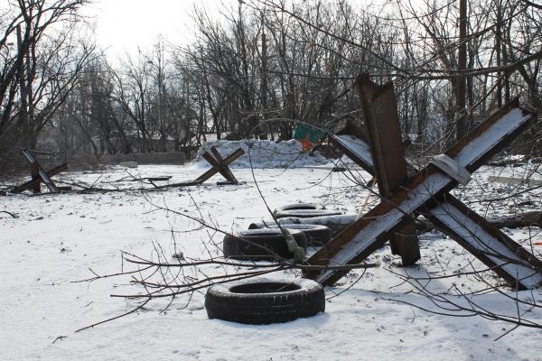 Противотанковые заграждения в Донецке