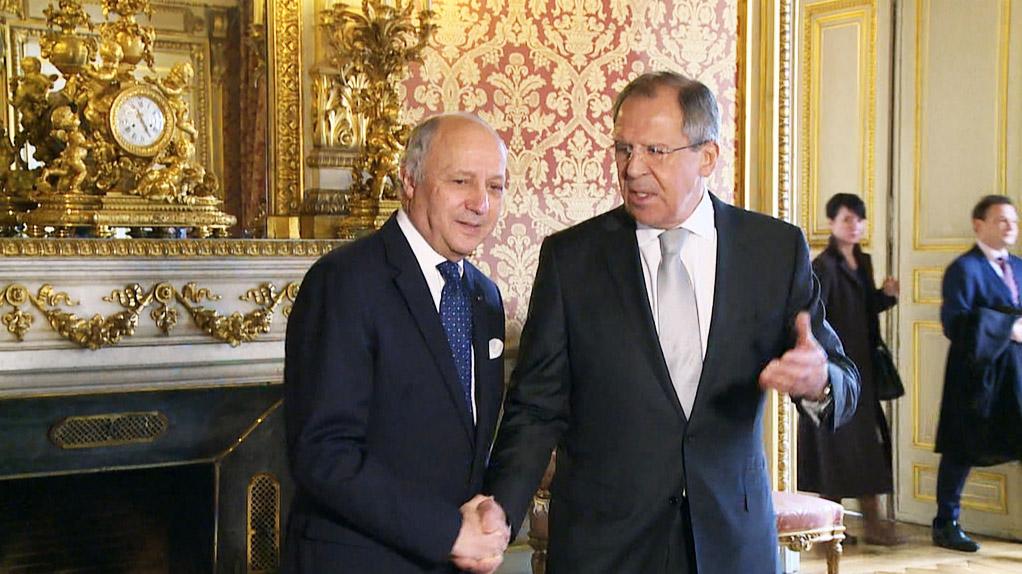 Глава МИД России Сергей Лавров и министр иностранных дел Франции Лоран Фабиус