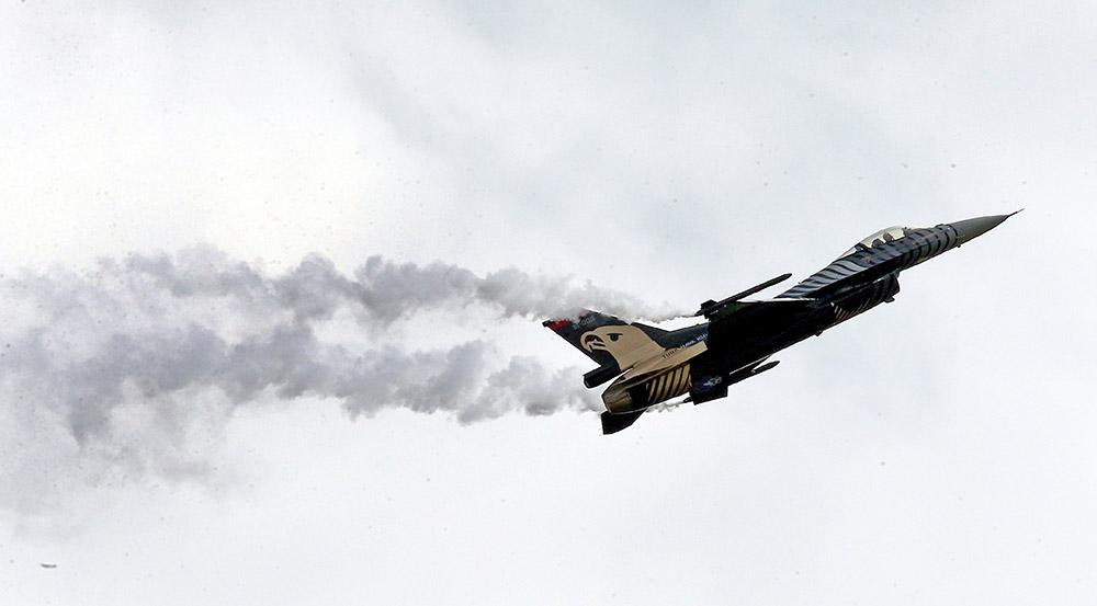 Истребитель ВВС Турции