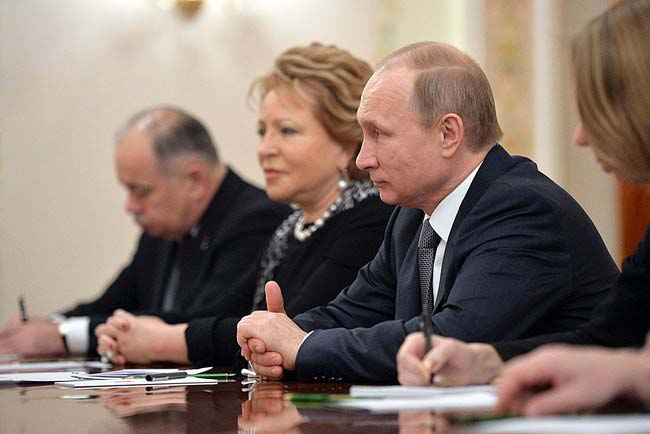 Президент России Владимир Путин и председатель Совета Федерации Федерального Собрания РФ Валентина Матвиенко
