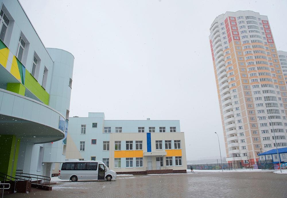 Осмотр новых образовательных учреждений в поселении Московский