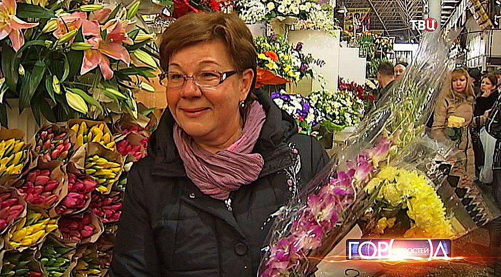 """Рынок """"Рижский цветочный"""""""