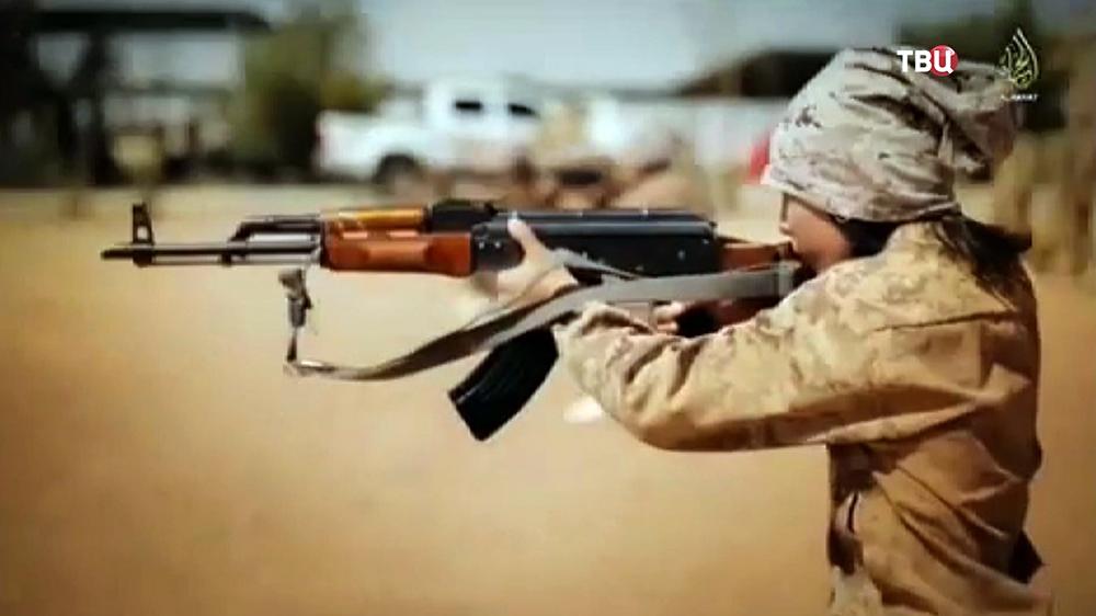 """Юный боевик """"Исламского государства"""""""