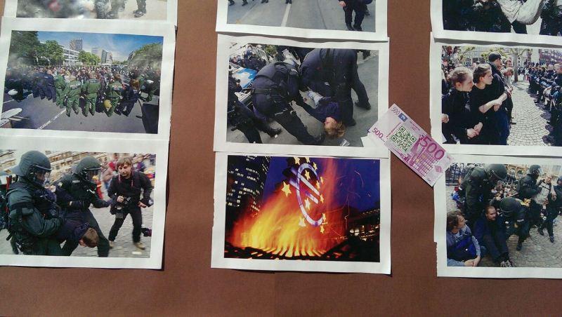 Фотографии, которыми облеплен автомобиль протестующих во Франкфурте-на-Майне