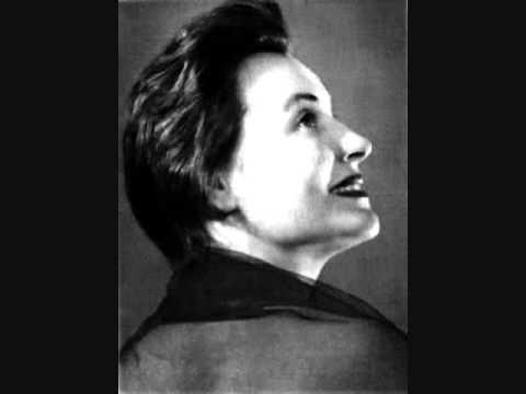 Нина Исакова