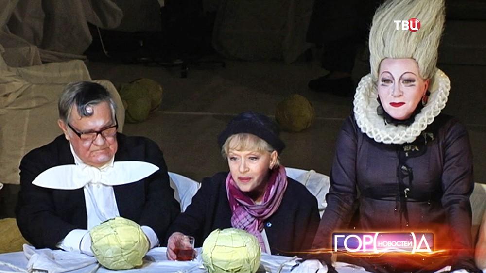 """Спектакль Андрея Могучего """"Алиса"""""""