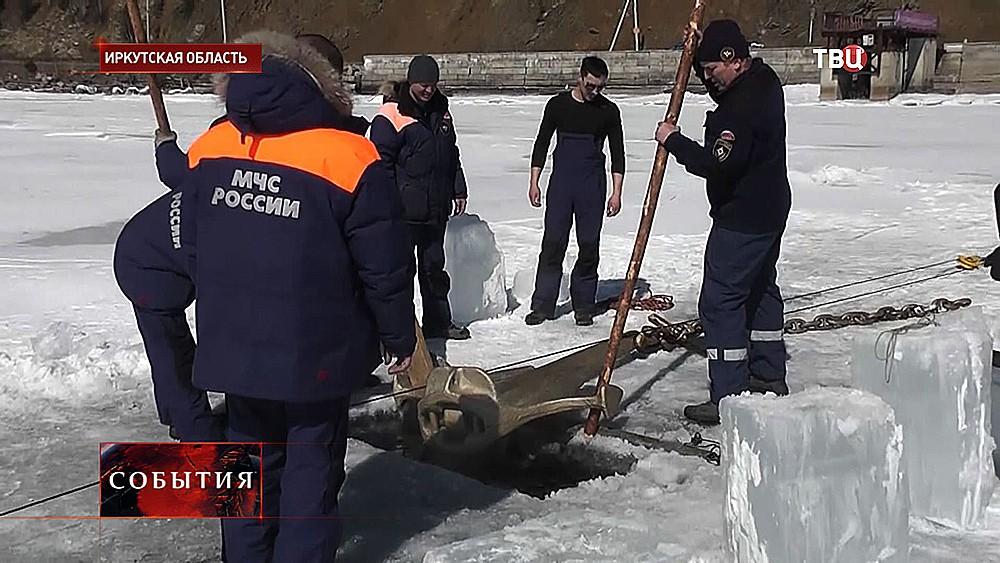 Установка памятника водолазам-героям ВОВ