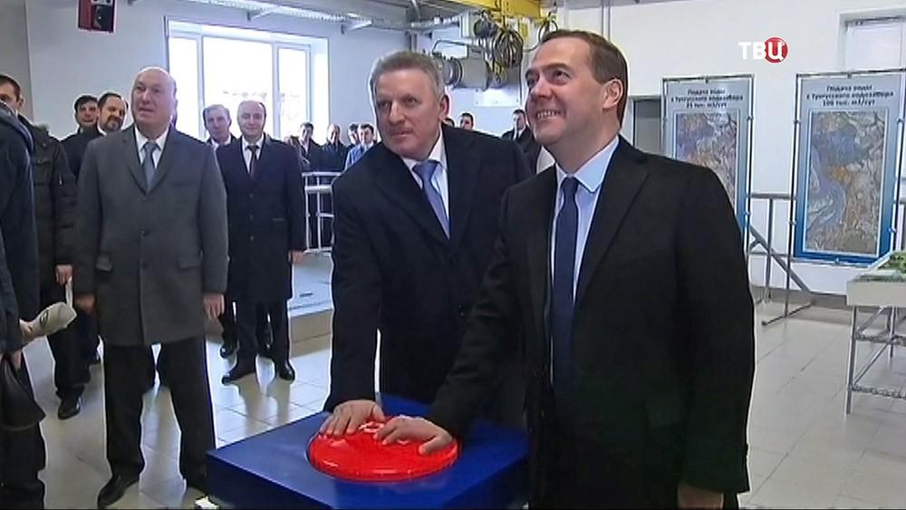 Дмитрий Медведев принял участие в запуске второй очереди водозабора для Хабаровска