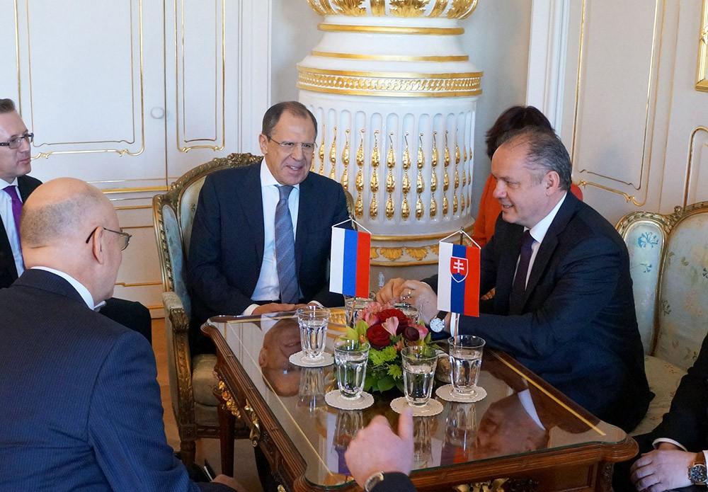Глава МИД России Сергей Лавров и президент Словакии Андрей Киска