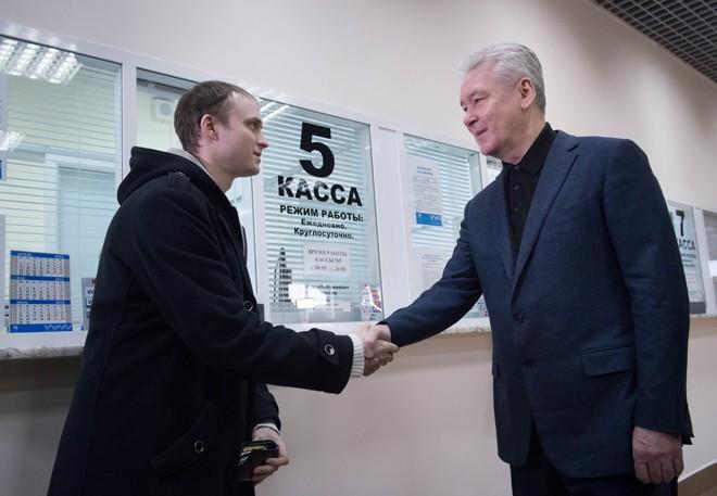 """Сергей Собянин на автовокзале """"Южные ворота"""""""
