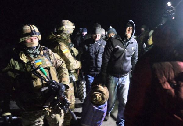 Передача украинских военнопленных