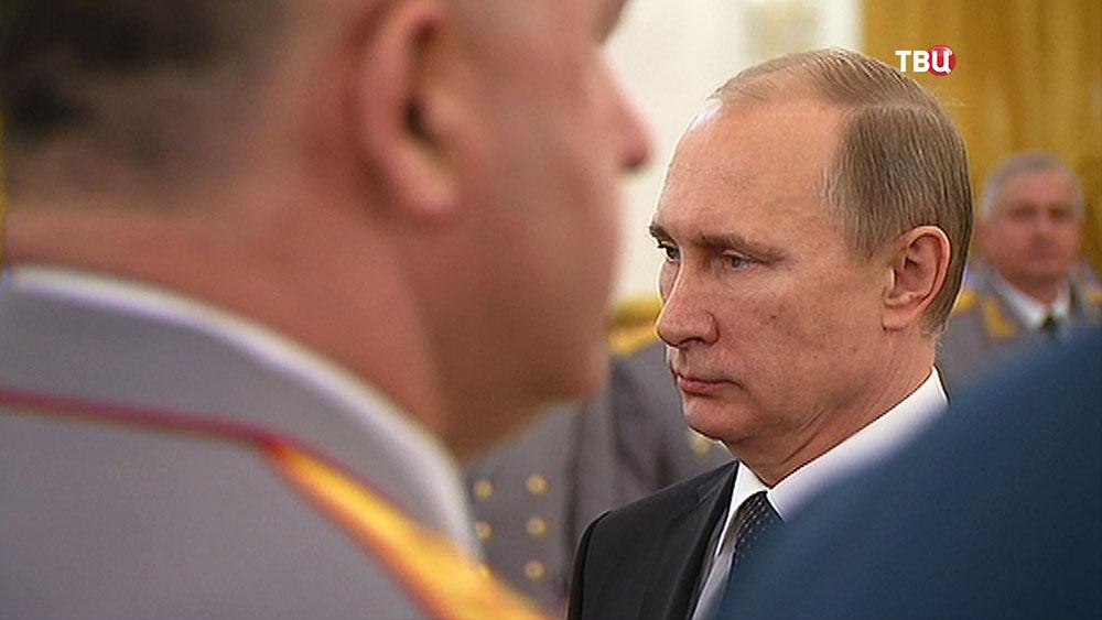 Владимир Путин на торжественной церемонии представления высших офицеров