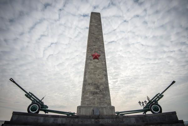 Обелиск Славы бессмертным Героям на горе Митридат в Керчи