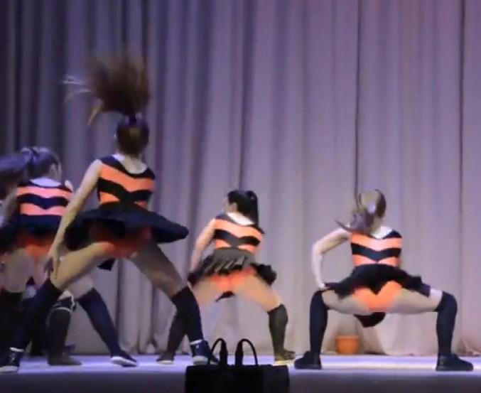 театр эротич танца-нб1