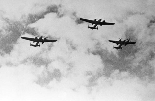 Звено бомбардировщиков Ту-2