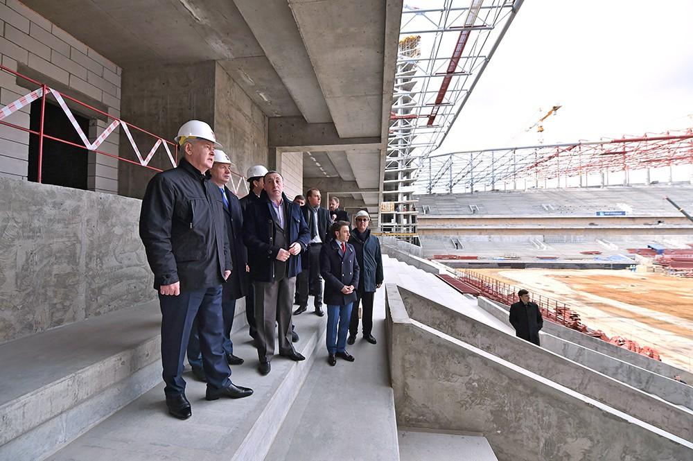 Мэр Москвы Сергей Собянин проинспектировал строительство стадиона ЦСКА