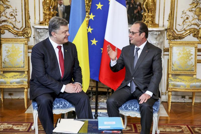 Президент Украины Пётр Порошенко и президент Франции Франсуа Оланд