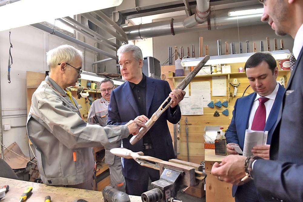 Сергей Собянин осмотрел оружейный завод