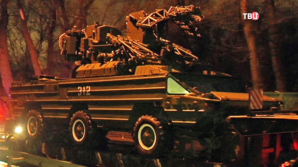 Переброска военной техники для выставки на ВДНХ