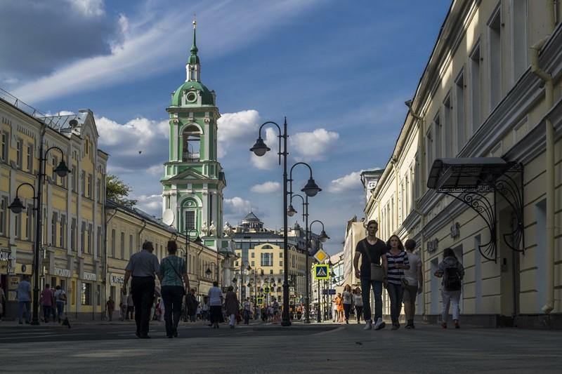 Улица Пятницкая в Москве
