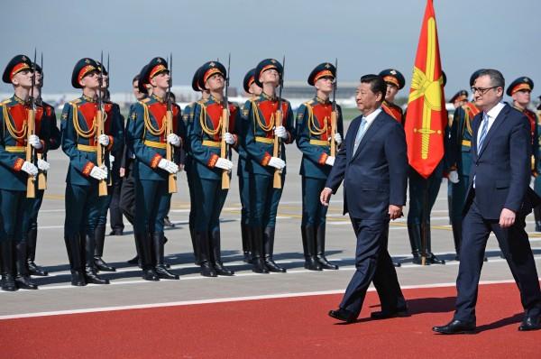 Председатель КНР Си Цзиньпин прибыл в Москву