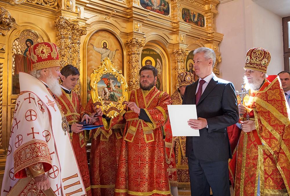 Патриарх Московский и всея Руси Кирилл и мэр Москвы Сергей Собянин