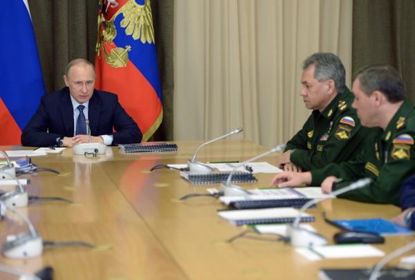 Президент России Владимир Путин во время совещания