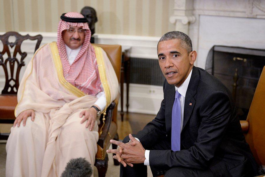 Барак Обама и кронпринц Саудовской Аравии Мохаммед ибн Найеф аль-Сауд