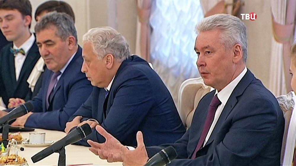 Сергей Собянин на заседании в мэрии