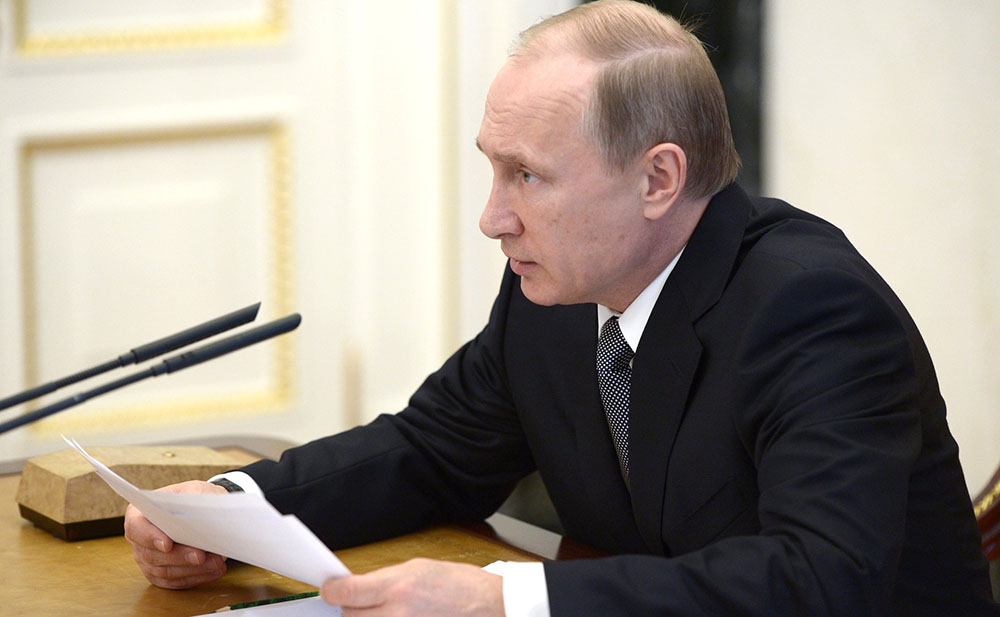 Президент России Владимир Путин во время заседания