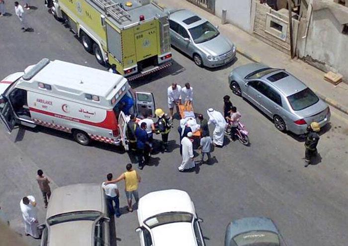 Последствия теракта в мечети в Саудовской Аравии