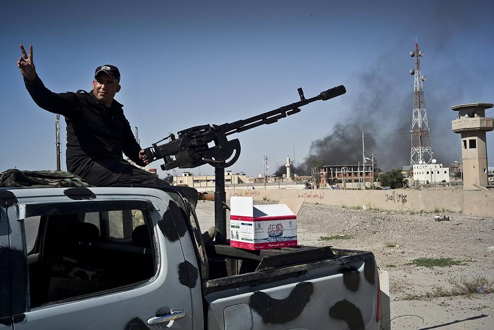 Солдат правительственных войск Ирака