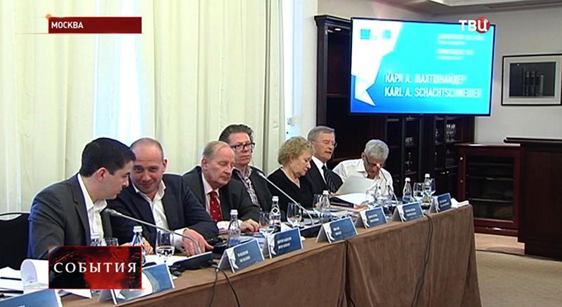 """Заседание проекта """"Демократии XXI века"""""""