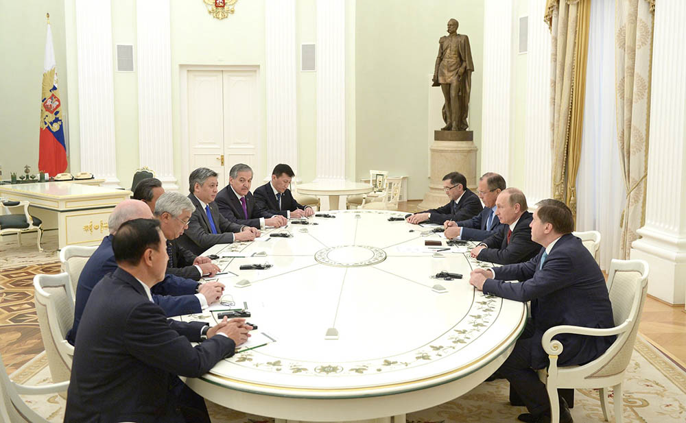 Встреча с участниками заседания Совета министров иностранных дел ШОС
