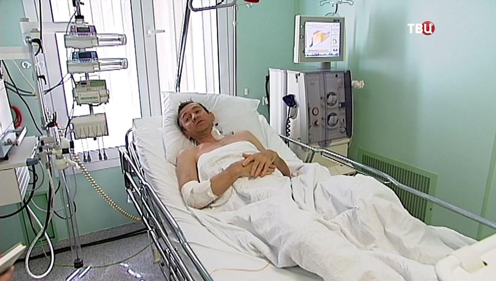 Пациент в больничной палате