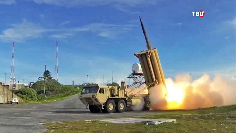 Пуск ракетного комплекса армии США