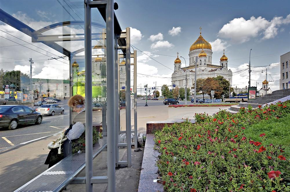 Остановка общественного транспорта в Москве