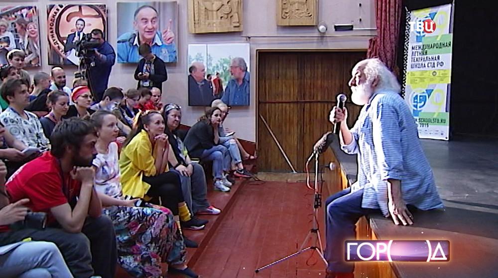 Мим и лицедей Вячеслав Полунин