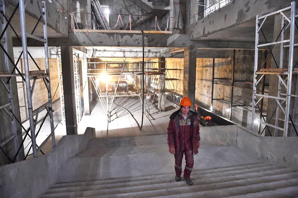 """Строительство станции метро """"Саларьево"""""""