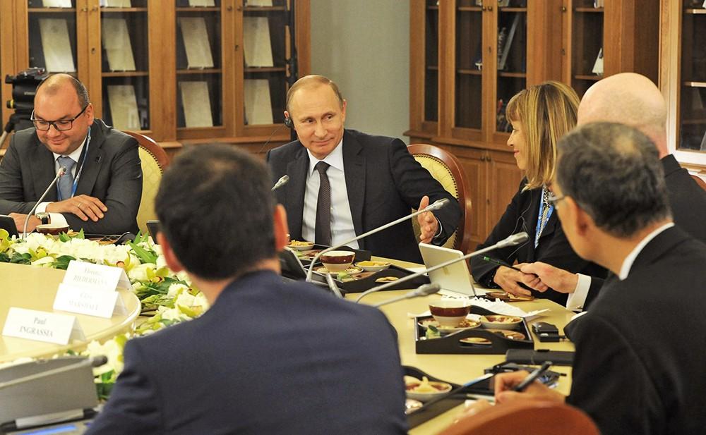 Владимир Путин на встрече с руководителями ведущих мировых информационных агентств