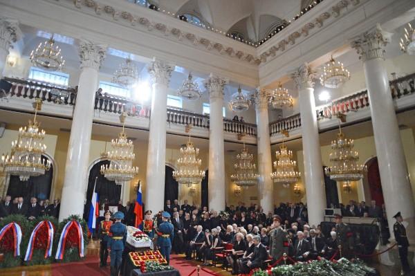 На церемонии прощания с политиком Евгением Примаковым в Колонном зале Дома Союзов