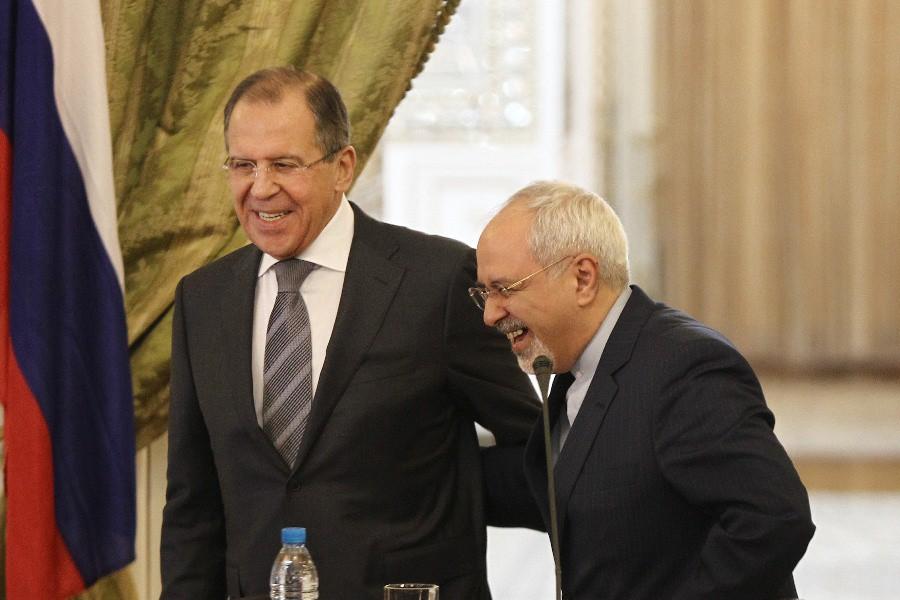 Министр иностранных дел России Сергей Лавров и глава МИД Ирана Джавад Зариф