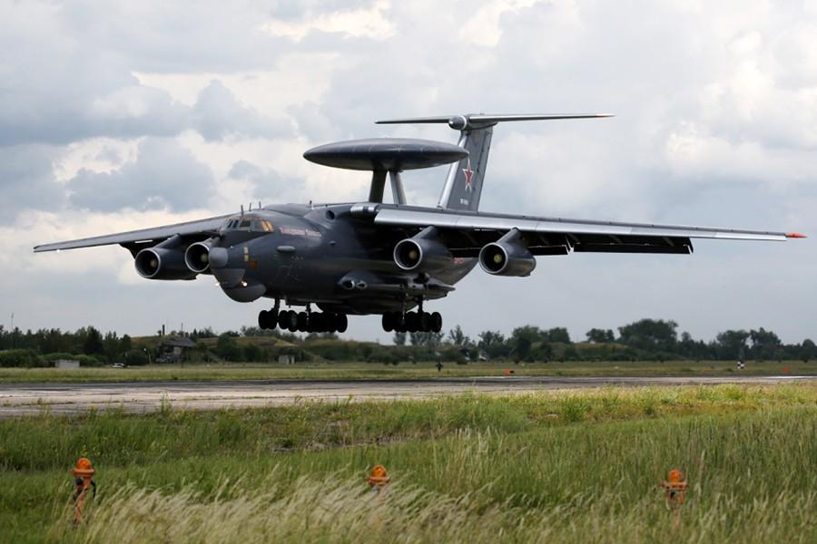 Самолёт дальнего радиолокационного обнаружения А-50