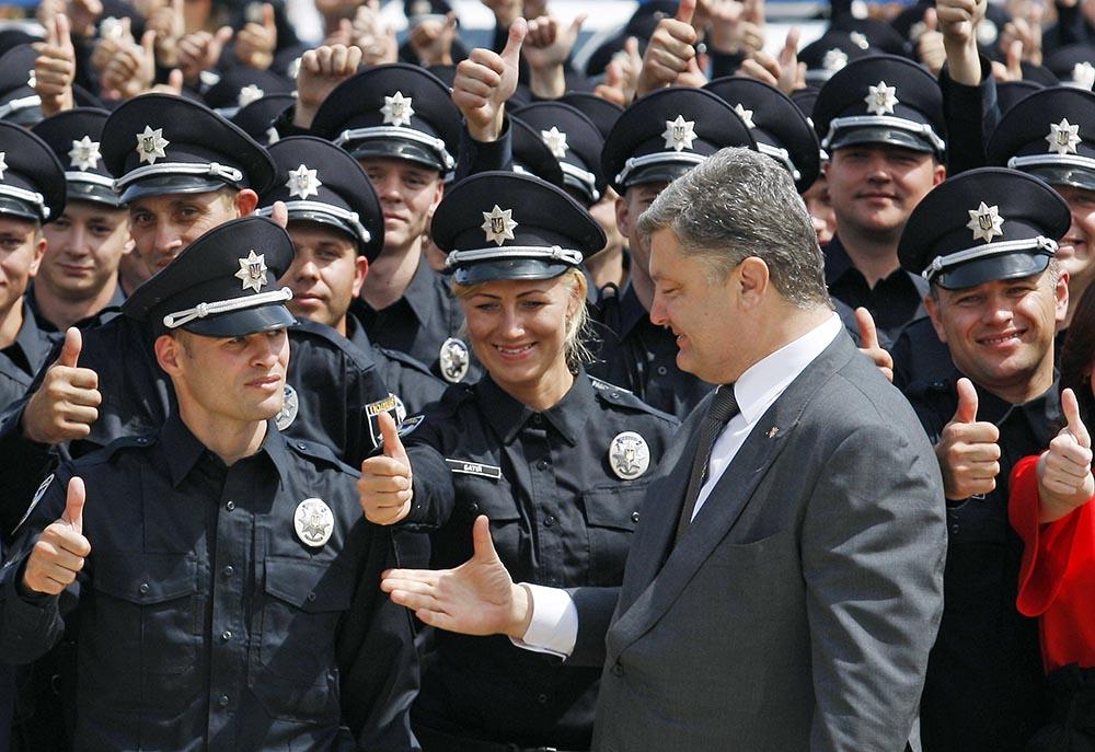 Пётр Порошенко и новая патрульная полиция Киева