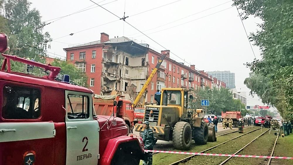 Обрушение дома в Перми