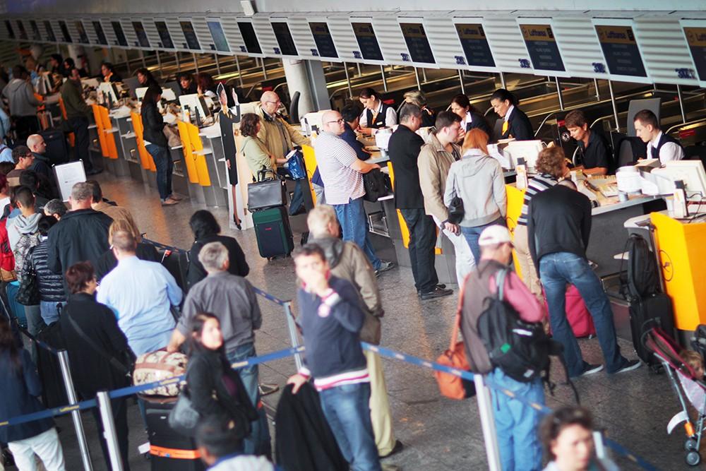 Стойки регистрации в аэропорту Европы