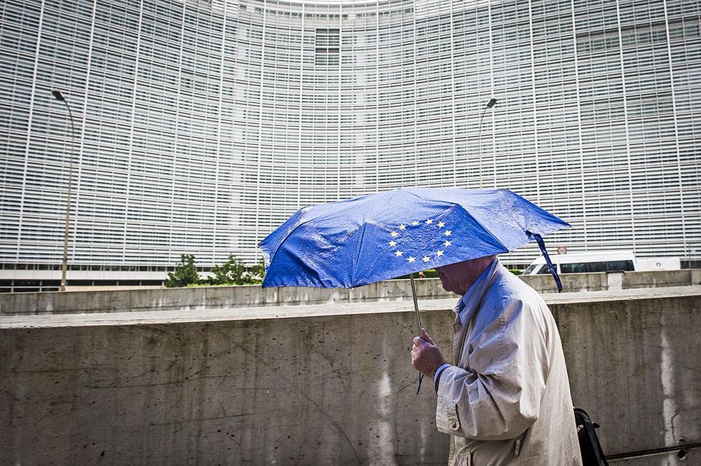 У здания Европарламента в Брюсселе