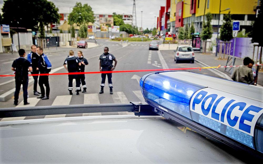 Французская полиция на месте происшествия