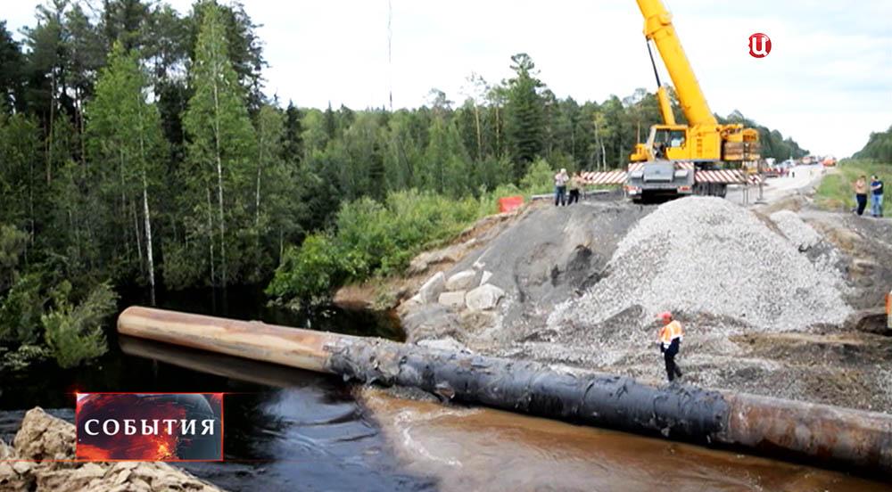 Восстановительные работы на аварийном участке трассы Тюмень-Ханты-Мансийск
